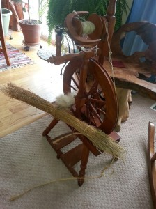 Castle Spinning Wheel with Flax