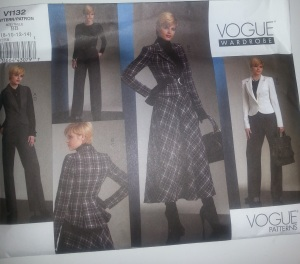 I want this jacket now. Vogue 1132