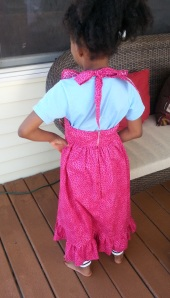 Jadin dress standing