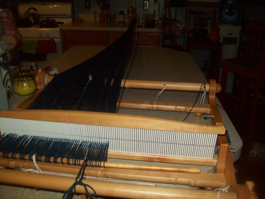 warping a rigid heddle loom is fast. A nice option if you have only a small amount of yarn. The loom waste is minimal.